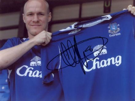 Andy Johnson, Everton, signed 8x6 inch photo.